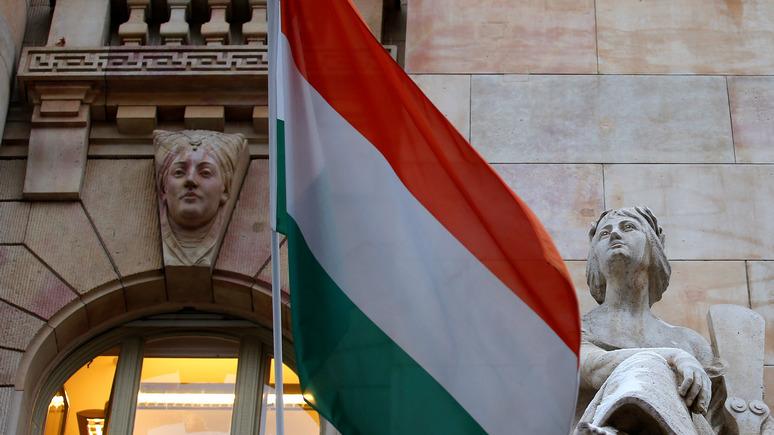112: Украина запретила въезд венгерским чиновникам из-за агитации во время выборов