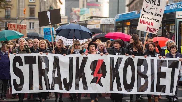 GW: «Эту Польшу надо остановить» — запрет абортов вынудил полек выйти на улицы