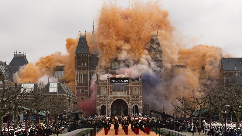 Guardian: военные музеи Нидерландов переживают нашествие охотников за нацистскими реликвиями