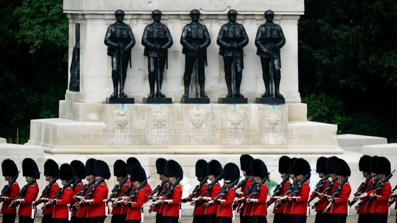 Times: мошенники в погонах — британская армия теряет миллионы из-за афер личного состава