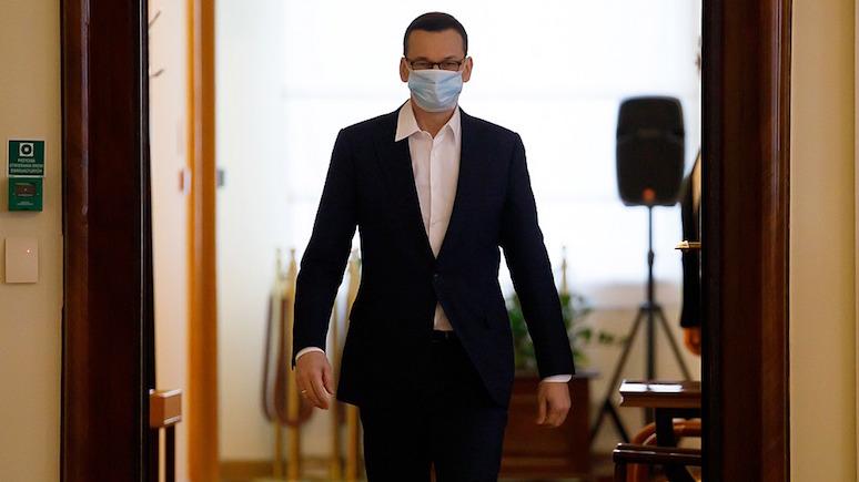 WP: премьер Польши послал протестующих в онлайн