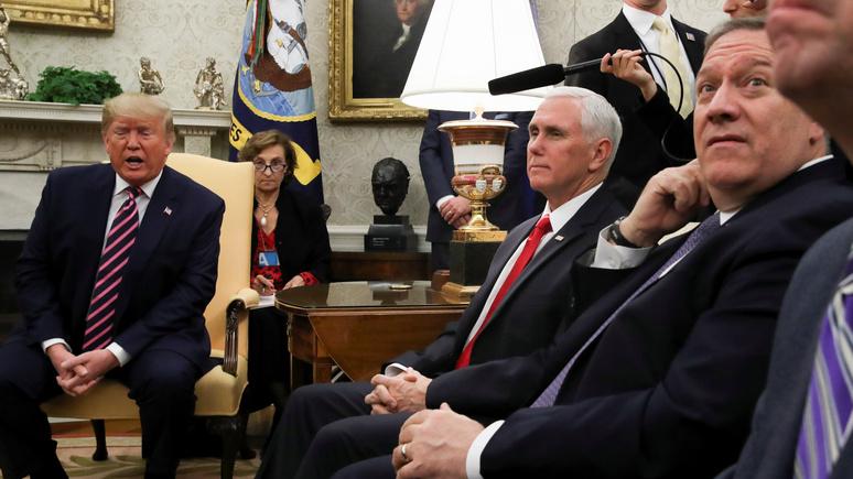 New York Times: советники отговорили Трампа от удара по Ирану