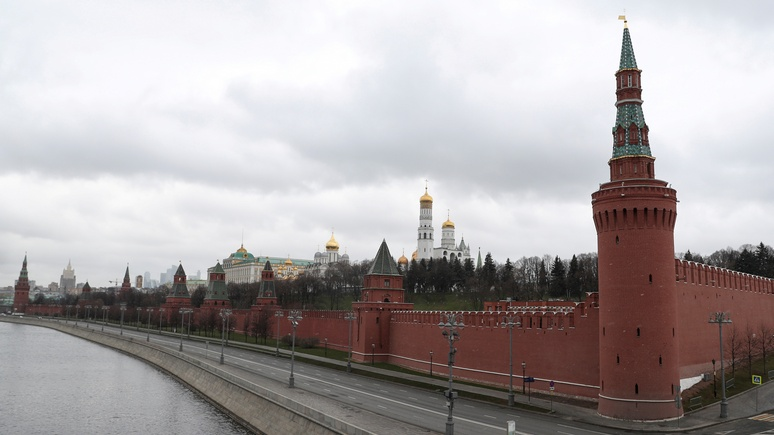 Польский политик: Россию нельзя игнорировать, провоцировать и обижать — она большая и опасная