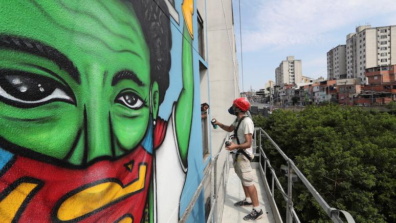 Хаотичное планирование и политизация — NYT о национальной программе иммунизации от коронавируса в Бразилии