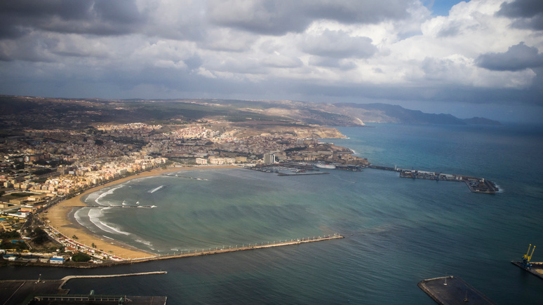 El Mundo: Испания потребовала от Марокко объяснений за «присвоение» двух испанских анклавов в Африке