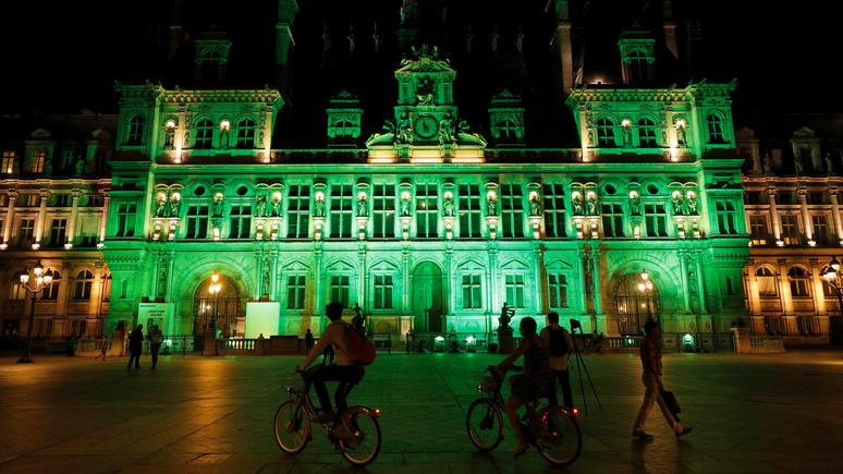 Le Monde: «заботится о городском бюджете» — в Парижском совете появился альтруист, отказавшийся от жалования