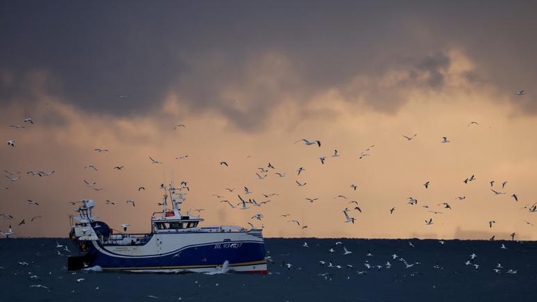 Ouest-France: британские рыбаки обвинили Джонсона в капитуляции перед Евросоюзом