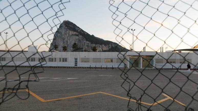 El País: Испания дала Британии 72 часа на то, чтобы договориться и избежать «жёсткого» брексита для Гибралтара