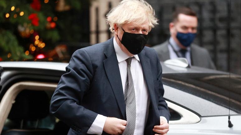 Times: Джонсон предупредил британцев — пора готовиться к жёсткому карантину