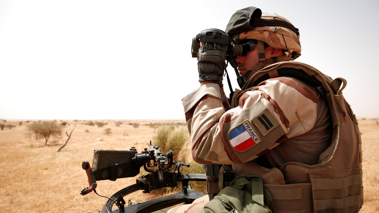 Le Figaro: после гибели солдат Франция «сбавит обороты», но не свернёт операцию в Мали