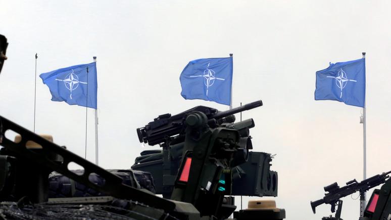 Polityka: Польше придётся держать нервы под контролем, наблюдая за противостоянием НАТО и России
