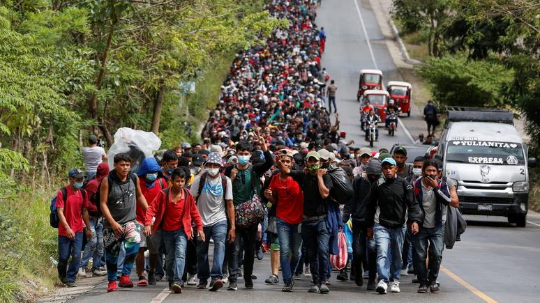 Times: караван мигрантов из Гондураса станет первым испытанием для гостеприимного Байдена