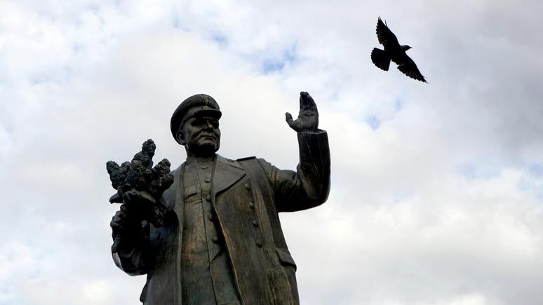 Seznam Zprávy: в Чехии не утихают споры вокруг демонтированного памятника Коневу