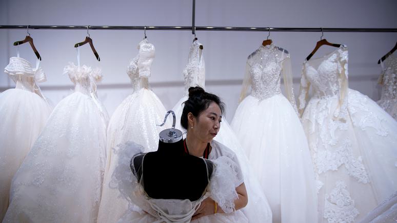 CNN: другие ценности и идеалы — власти Китая тревожит, что миллениалы не спешат заводить семью