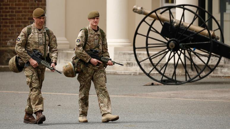 Daily Mail: британская армия столкнулась с опасным кадровым голодом