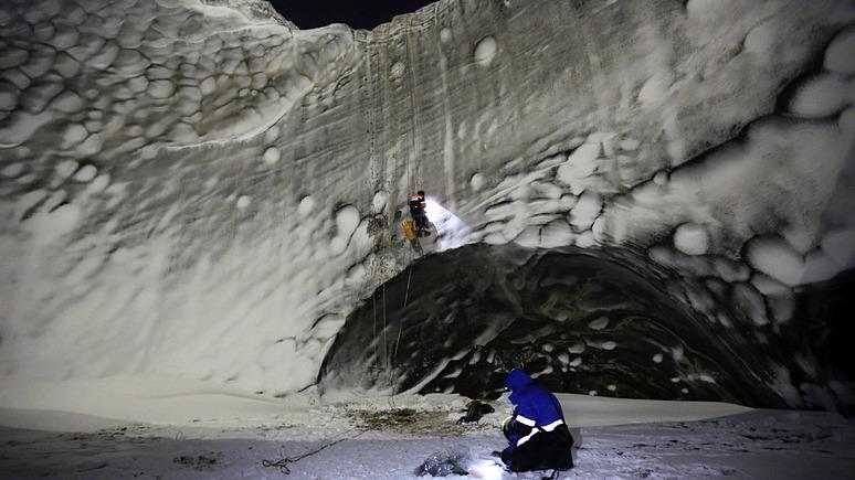 CNN: дрон помог российским учёным раскрыть загадку кратеров в вечной мерзлоте