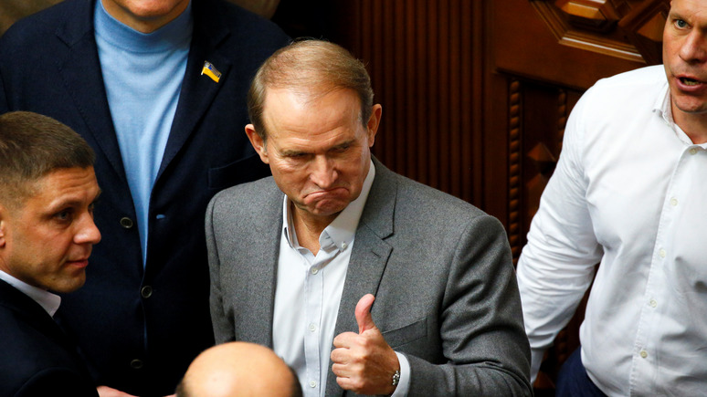 «Вести» выяснили, чем чревато решение по санкциям для Медведчука
