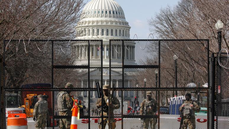Hill: Пентагон решил оставить нацгвардейцев на Капитолийском холме до 23 мая