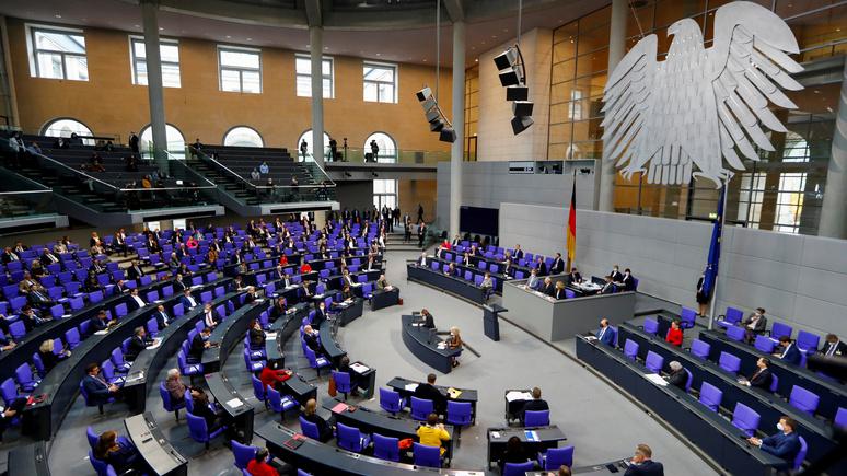 SZ: в бундестаге спорят о последствиях «масочного скандала» и «азербайджанской аферы»