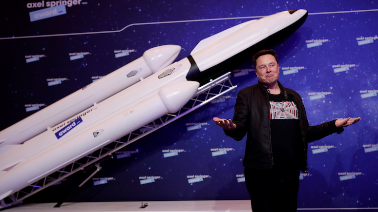 Times: Илон Маск назначил себя «технокоролём»
