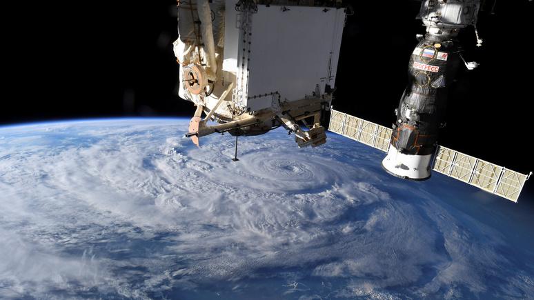 Le Figaro: космический туризм совсем скоро может стать реальностью