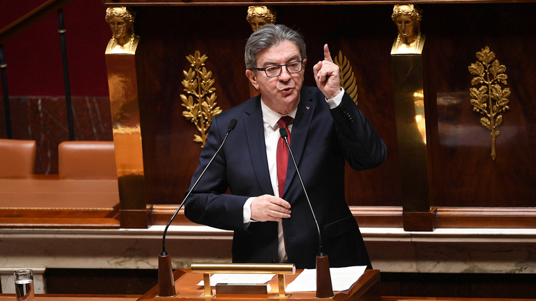 RTL: Меланшон объяснил отказ Франции от российской вакцины «политическими причинами»