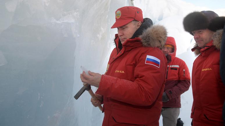 Washington Times: Путин «испытывает» Байдена активностью на Украине и в Арктике