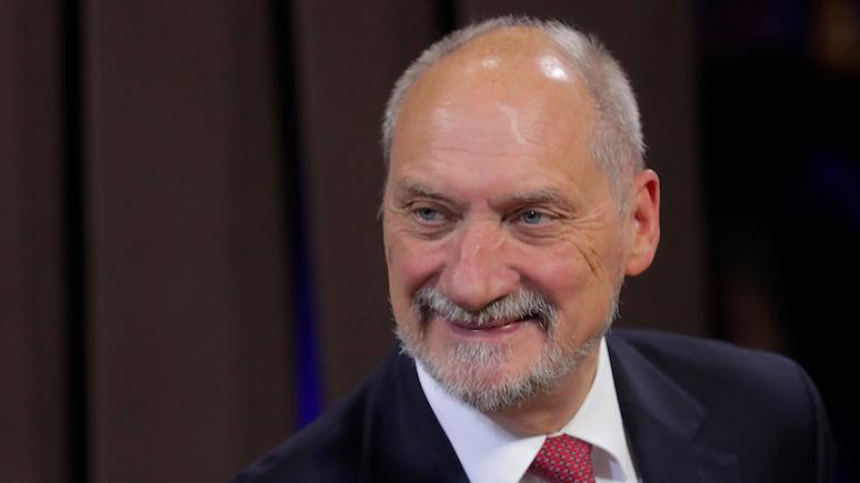 Экс-министр обороны Польши связал смоленскую катастрофу с войной в Грузии