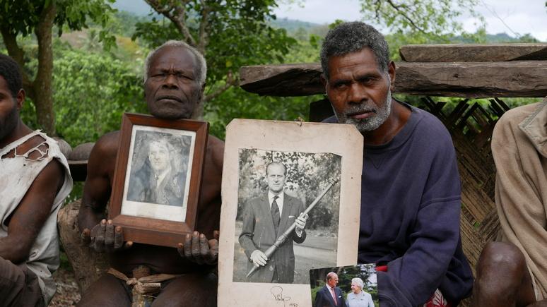 Sky News: он был для них божеством — тихоокеанское племя помянет принца Филиппа ритуальным плачем и танцами