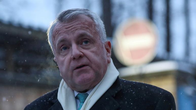 Axios: посол США в России отправится на родину за консультациями