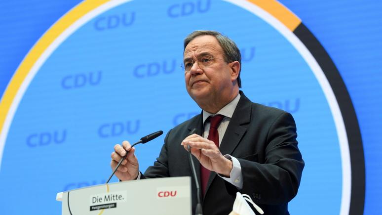 Guardian: потенциального преемника Меркель обвинили в легитимизации антисемитизма