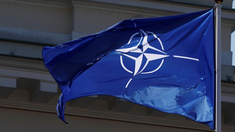 Niezalezna: единственная слабость НАТО — слишком спокойное отношение к России