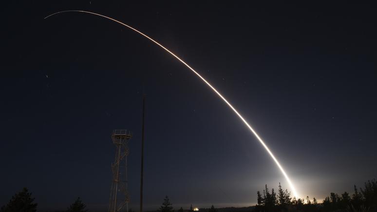 NI посоветовал Байдену «сыграть по-крупному» на саммите с Путиным в ядерной сфере