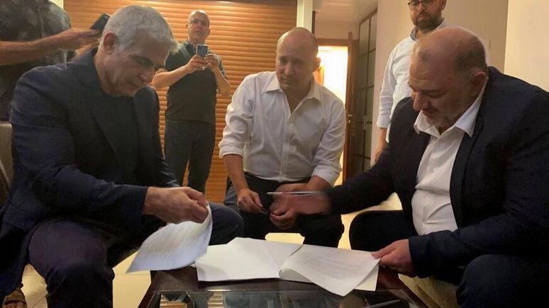 FAZ: конец эпохи Нетаньяху — израильская оппозиция сформировала восьмипартийное правительство