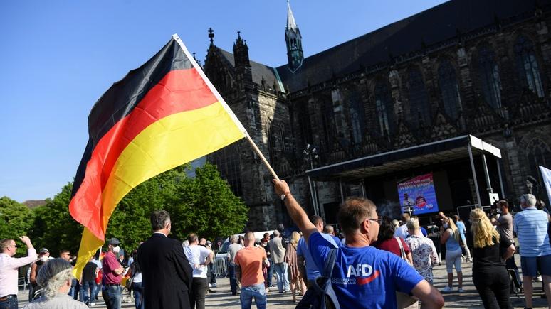 Bild: восточные немцы чаще выбирают АдГ, потому что знают толк в демократии