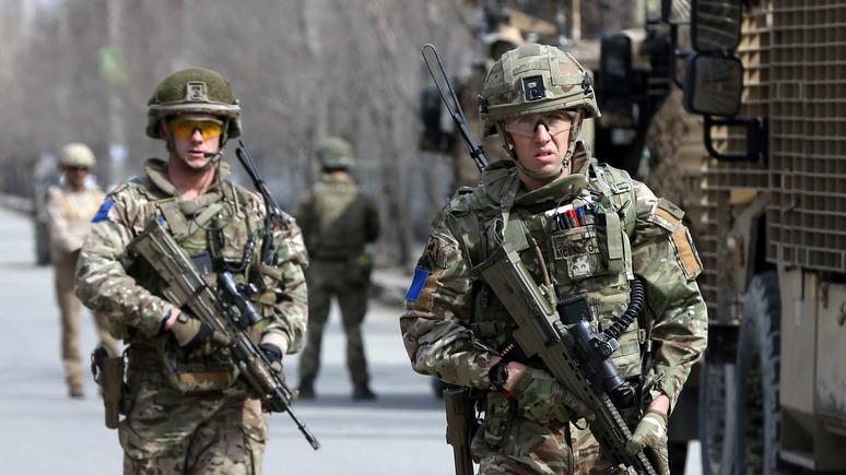 Daily Mirror: «агенты Путина» напоили британских военных и заставили их дебоширить