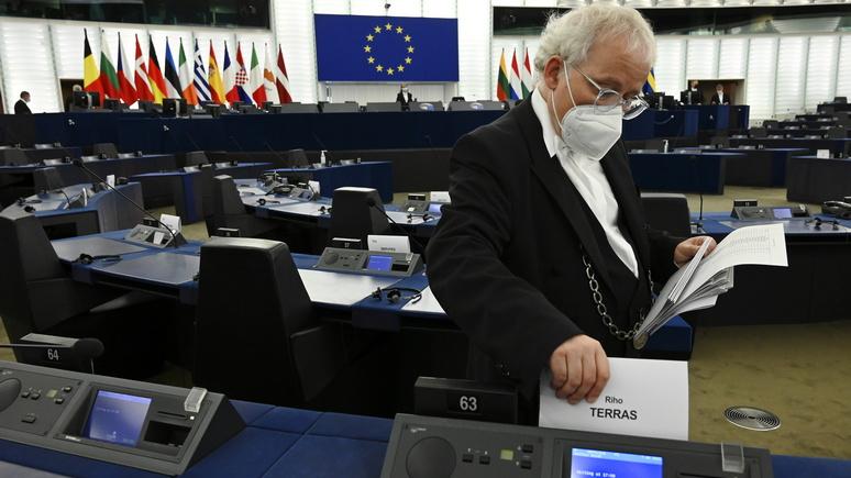 Handelsblatt: ЕС не хватает политической воли для конкуренции с Китаем