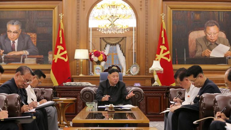 Guardian: фотографии заметно похудевшего Ким Чен Ына спровоцировали новые споры о его здоровье