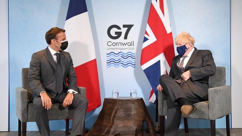 Telegraph: Джонсона разозлил намёк Макрона на то, что Северная Ирландия не входит в состав Великобритании