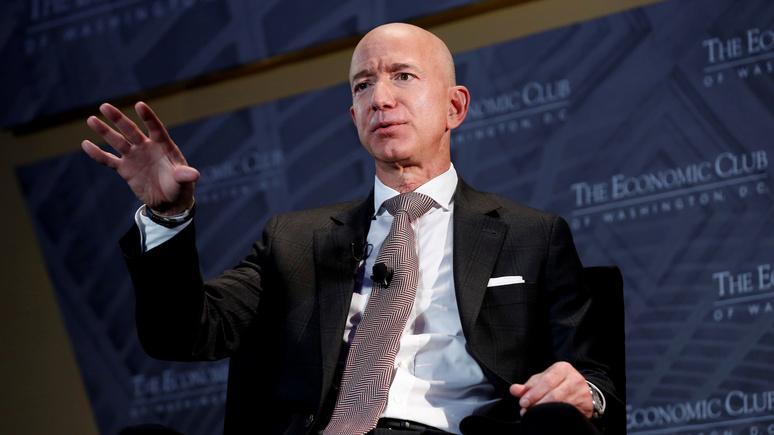 Insider: десятки тысяч людей просят оставить главу Amazon Джеффа Безоса в космосе
