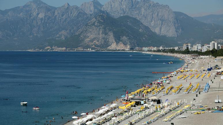 Hürriyet Daily News: российские туристы возвращаются в Турцию