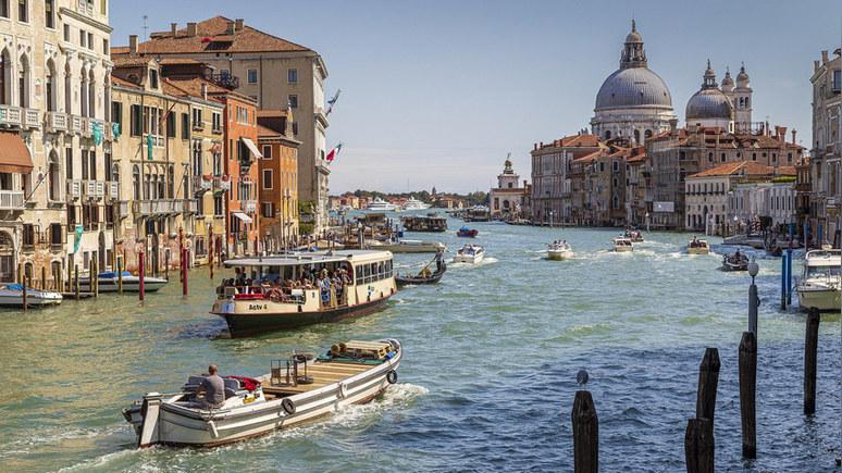 Guardian: эксперты ЮНЕСКО проанализируют опасность круизных лайнеров для Венеции