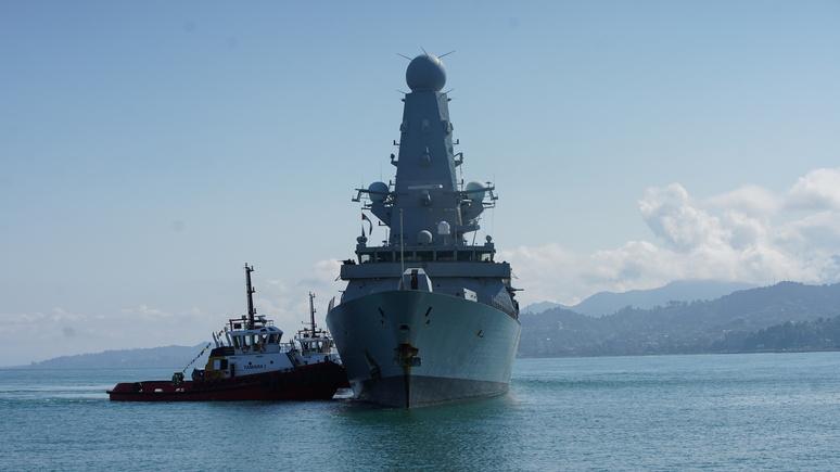Обозреватель DM: непопулярное мнение — выходки британского эсминца в Чёрном море сродни безумию