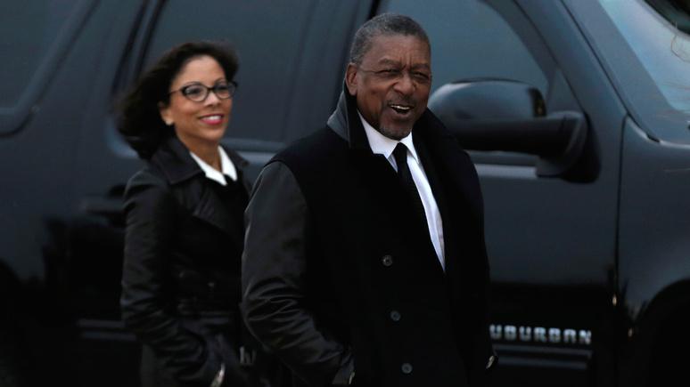 Insider: первый темнокожий миллиардер США призвал выплатить афроамериканцам репарации на $14 трлн