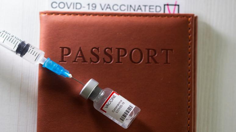 Le Figaro: вакцинация стала яблоком раздора для французского общества