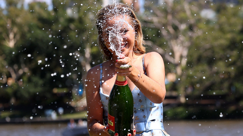 DN: не шампанское, а игристое вино — Moët Hennessy пригрозила остановить поставки в Россию из-за нового закона