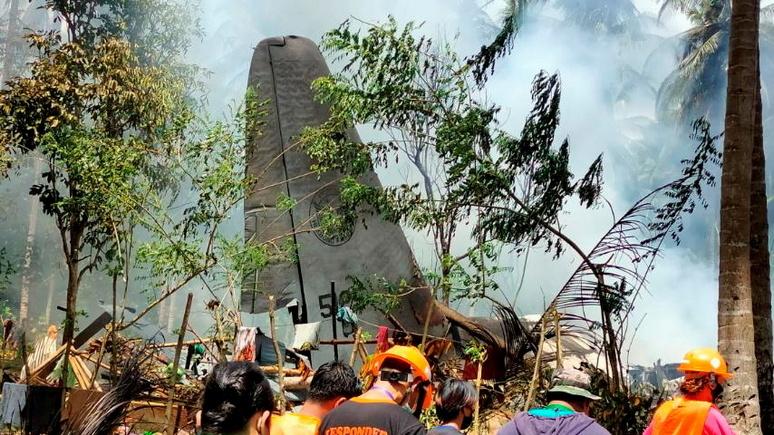Das Erste: «катастрофа исторического масштаба» — на Филиппинах разбился военный самолёт