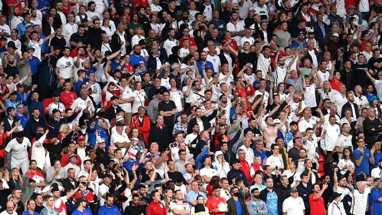 Guardian: толпы болельщиков без масок — в ВОЗ считают финал Евро катастрофой