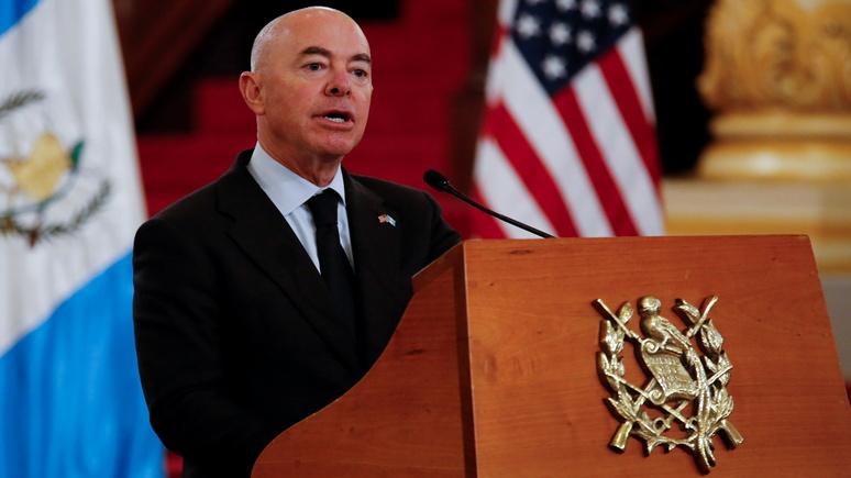 WP: администрация Байдена сообщила кубинским и гаитянским беженцам, что их в США не ждут