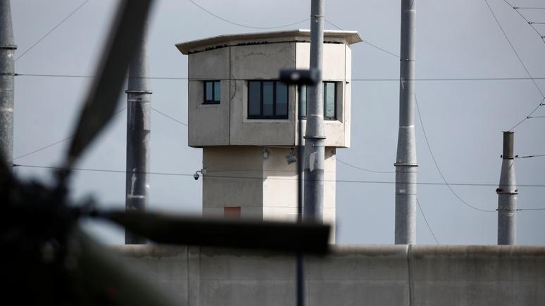 Не проверил пропуск — сел в тюрьму: Ouest-France о новом санитарном законопроекте во Франции